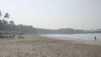 שבת בפאלולים, חוף ואי הפרפרים