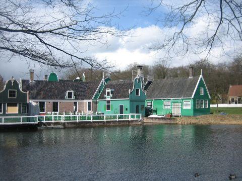 המוזיאון הפתוח בארנהיים - טיול מסביב לאמסטרדם